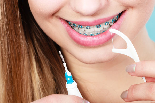 Find out the best methods of brushing and flossing in Plymouth IN
